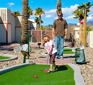 18 Hole Miniature Golf Course | Mini Golf Fun | Emerald Cove Resort