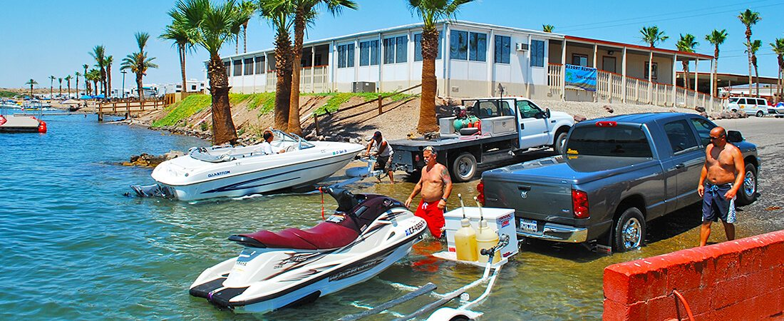 triple wide boat launch at Emerald Cove Resort
