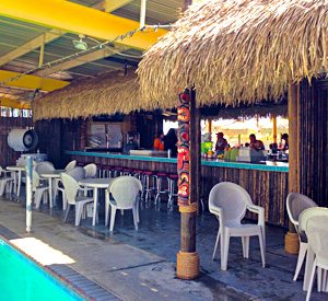 Poolside Tiki Bar & Snack Bar | Emerald Cove Resort